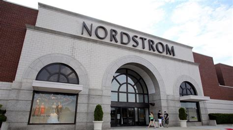 Can I Buy A Nordstrom Gift Card Online - best and worst gift cards to buy this holiday gobankingrates