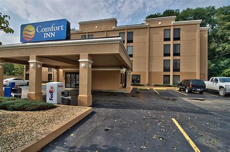 comfort inn suites queensbury ny oakfield hospitality