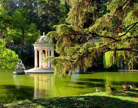 giardini vicino roma agriturismo vicino al parco di ninfa piscina coperta