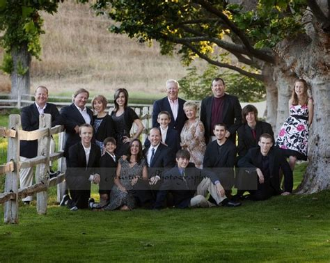 1000 images about large family outdoor photo shoot ideas
