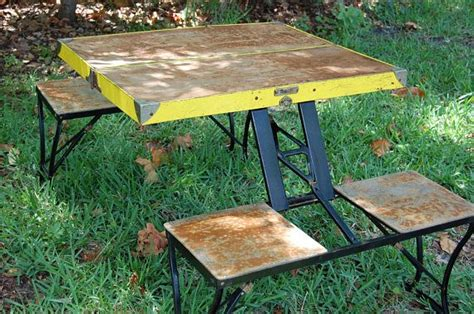 2 folding picnic table 25 best ideas about folding picnic table on