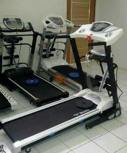 Alat Pelangsing Jaco treadmill elektrik 3 fungsi papan lari listrik jaco