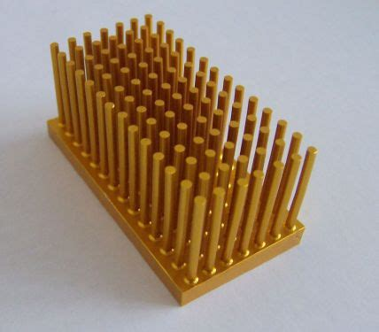 pin fin heat sink file moderate pin fin heatsink aluminium jpg wikimedia