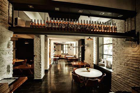 Restaurant Kitchen Design Ideas r 233 formation compl 232 te d une taverne en bar 224 tapas et