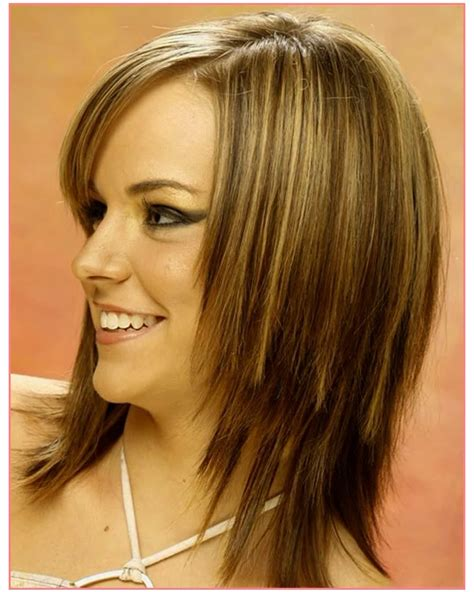 chop hairstyle for women longer version brown short choppy hairstyles layered bob for women 54