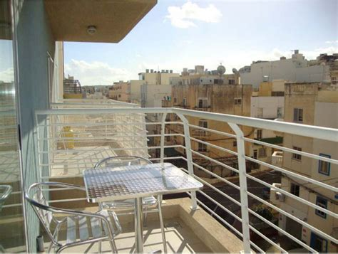 Appartments For Rent Malta by 3 Bedroom Apartment Bugibba 800 For Rent Apartments