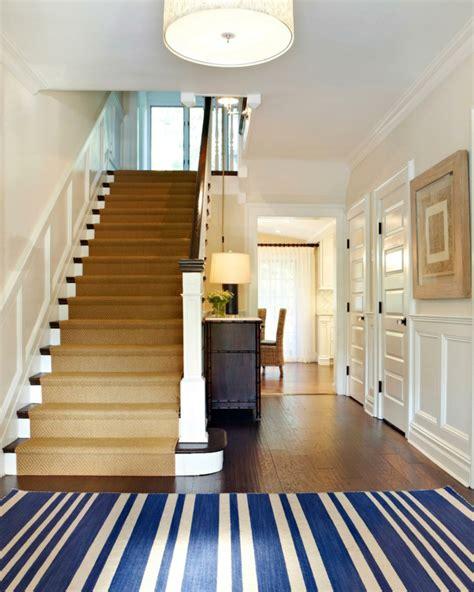 Flur Mit Treppe by Teppich F 252 R Treppen Die Treppen In Ihrem Zuhause Verkleiden