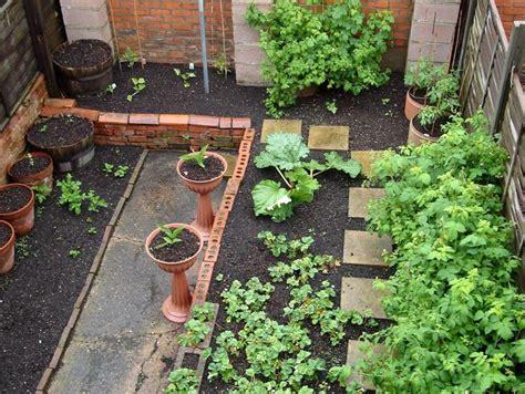 idee giardini piccoli piccoli giardini parchi e giardini