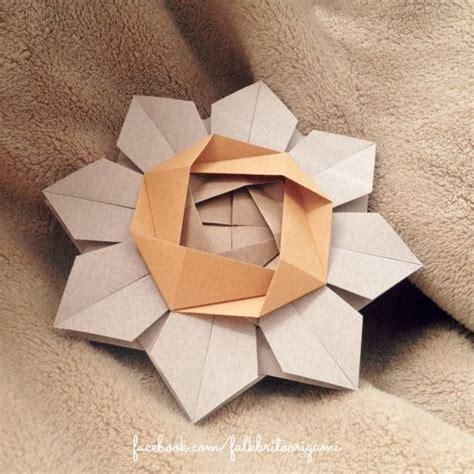 Origami Camellia - mandala boyr 225 falk brito 233 lia 244 nica toyoaki