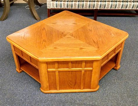 Lift Top Oak Coffee Table Oak Lift Top Coffee Table Delmarva Furniture Consignment