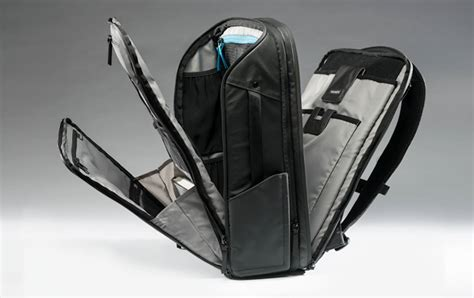 Travel Bag Tas Travel nomatic backpack and travel pack 187 gadget flow