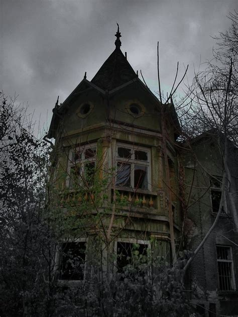 x haunted house 648 best haunted house images on haunted