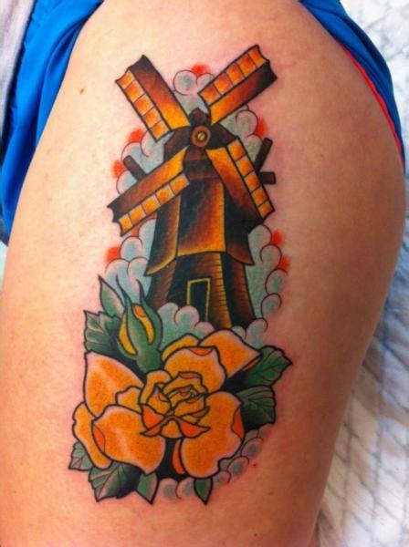 tatouage bras old moulin par salvation gallery