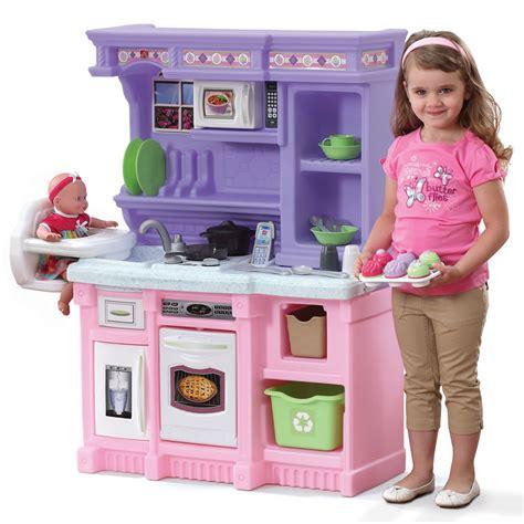 little baker s kitchen play kitchens step2