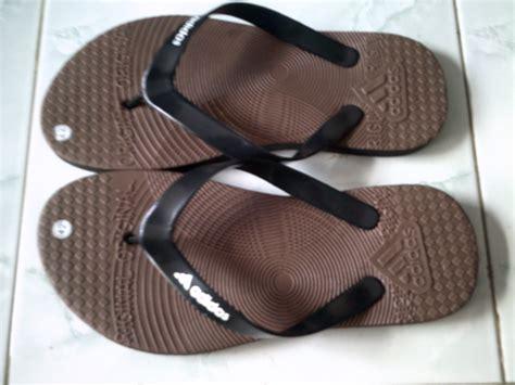 Sepatu Converse Bergambar sepatuolahragaa harga sandal jepit images