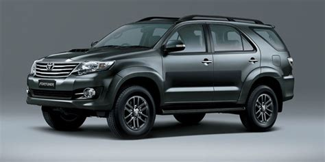 Fortuner S8056 Black List Gold toyota fortuner 3 0 4x2 at available colors