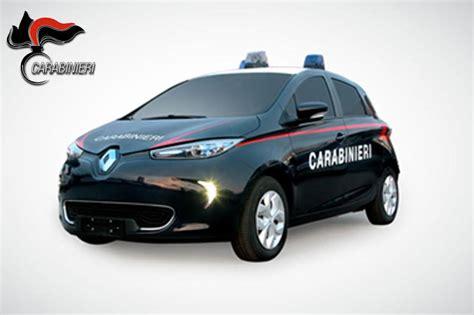 porte autostradali carabinieri debuttano due nuovi veicoli una fiat punto e