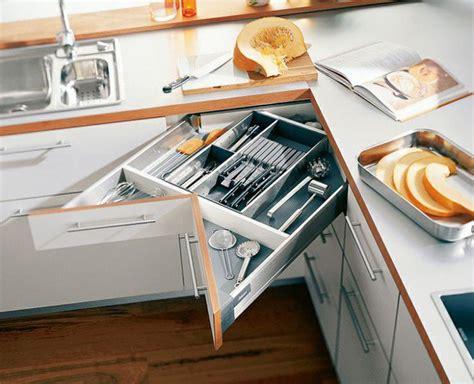 design ideas and practical uses for corner kitchen cabinets grandes ideas para ahorrar espacio en cocinas peque 241 as