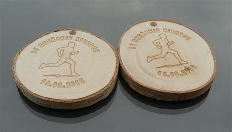 Handmade Medals - wooden medals wood slices for wedding wall diy