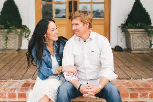 10 signs you re obsessed with hgtv s fixer upper