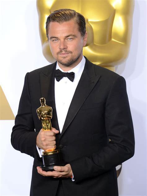 Leonardo Di Caprio Oscar Meme - leonardo dicaprio oscars memes 2016 popsugar celebrity