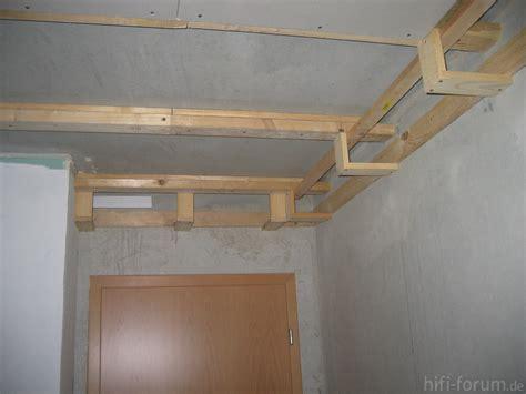 Decke Abhängen Mit Stoff by Schlafzimmer Decke Abh 228 Ngen Deckenverkleidung Mit