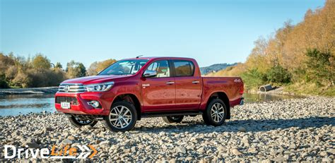 toyota co ltd 2016 toyota hilux sr5 limited petrol car review