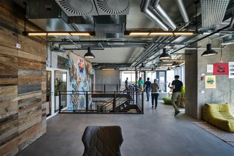Facebook Office Design by Facebook Office Custom Lighting By Studio Beam Tel Aviv