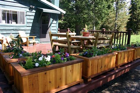 Planter Boxes For Decks by Planter Boxes Around The Edge Of The Deck I Like That