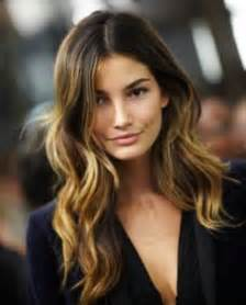 hair with highlights dark brown hair with blonde highlights fashion trends