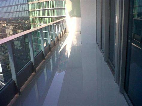 piastrelle balconi tipologie di mattonelle per balconi le mattonelle