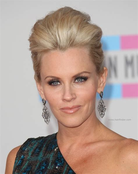 does jenny mccarthy have hair extensions does jenny mccarthy wear hair extensions does mccarthy