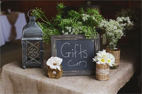 wedding gift table ideas 80th birthday gifts