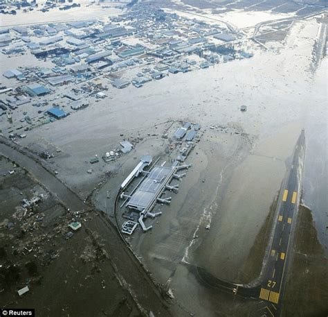Hit The Floor Killed - japan earthquake and tsunami fears of massive death toll daily mail online