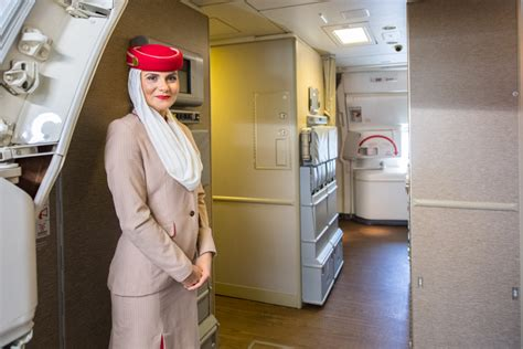 emirates web chat a chat with emirates senior vp north america a look at