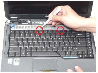 Perbaikan Keyboard Laptop Acer Melepas Keyboard Laptop Perawatan Dan Perbaikan Laptop
