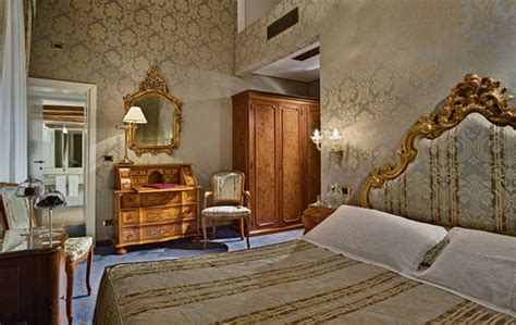 Classic Room by How To Decor Different Rooms Interior Designing Ideas
