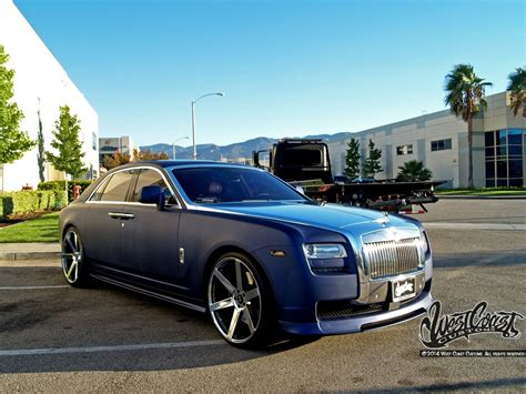 roll royce ghost blue ryan friedlinghaus rolls royce ghost wrapfolio