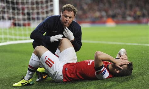 arsenal injury arsenal s jack wilshere thinks he will be fit for crystal