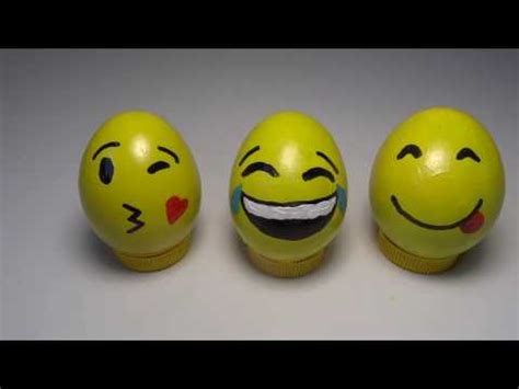 huevos decorados de emojis como pintar emojis en un huevo 3 emoji que se parte de