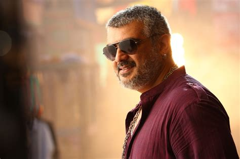 actor ajith mit ajith kumar in vedhalam stills