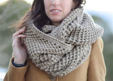 knit scarf the traveler knit infinicowl scarf pattern in a stitch