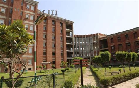 Iilm Greater Noida Mba Fees by Iilm Academy Of Higher Learning Greater Noida Images