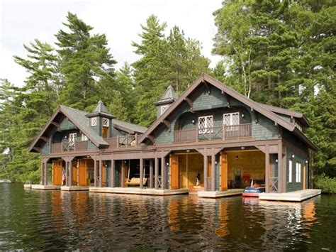 boat house builders best 25 boathouse ideas on pinterest boat house house