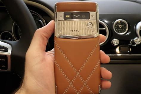 vertu bentley hands on with the vertu for bentley smartphone digital