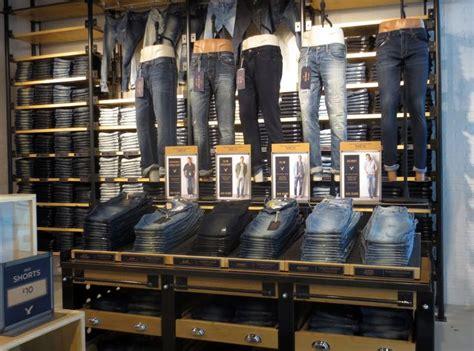 Retail Store Racks De 25 Bedste Id 233 Er Inden For Denim Display P 229
