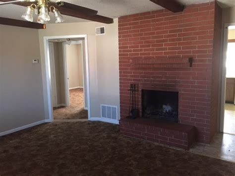 one bedroom apartments in junction city ks colonial estates rentals junction city ks apartments com