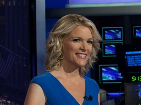 how fox news megyn kelly got duped by a fake human fox news got this warning about megyn kelly great
