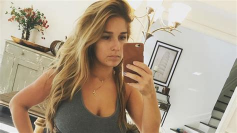 sectioned laundry her jessie james decker shares honest photo of her post baby