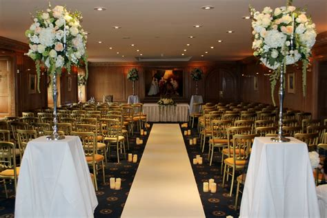 Wedding Aisle Carpet Runners Uk by Carpet And Coloured Aisle Runners Hire For Weddings In